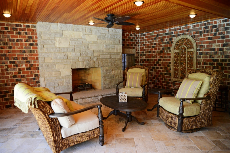Sunset Hills Outdoor Addition Lounge Area