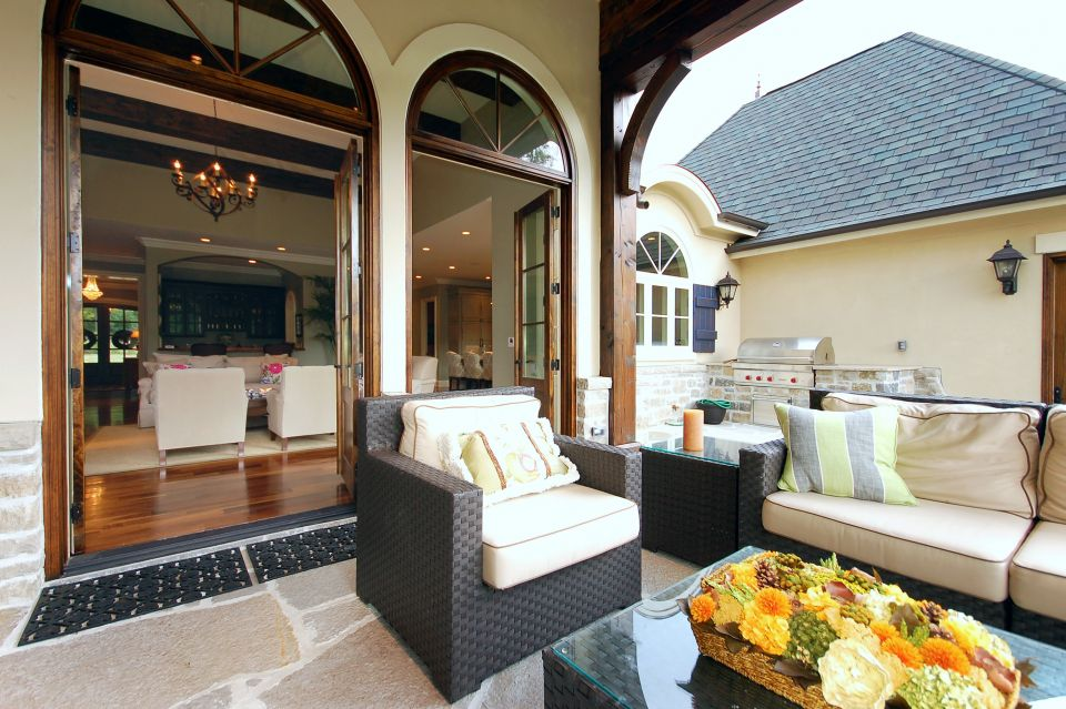 Outdoor Living Design and Planning