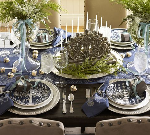 holiday table decoration design